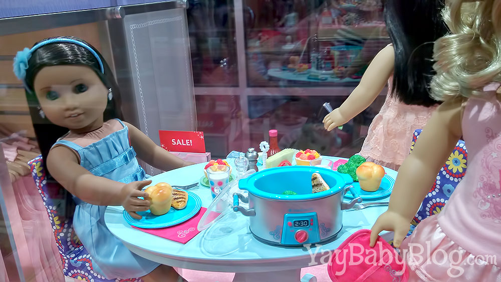 AG Dolls are so cool even they are in on the slow cooker craze! Can you even handle how cute this accessory set is?!?! C'mon a doll crock pot, people!