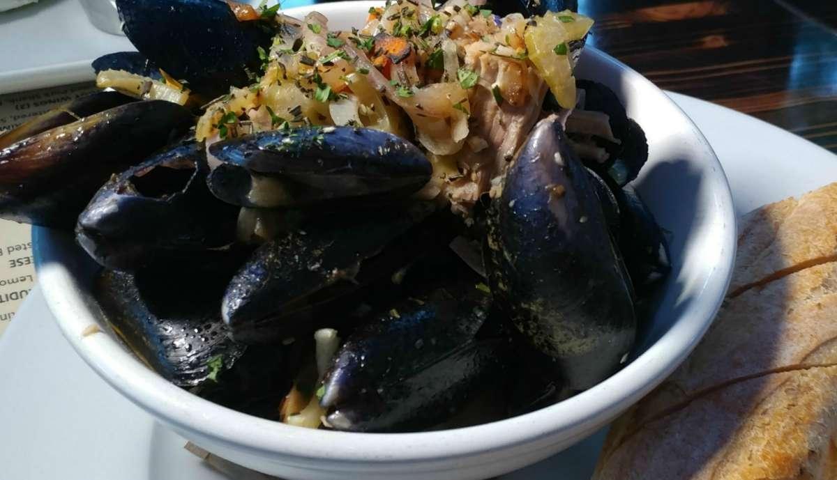 Drunken Pei Mussels